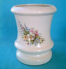 NICE Large Ceramic Table Center Piece/Vase w-Hand-Painted Floral Bouquet/Flowers