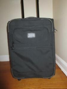 "TUMI 2264D3 Rolling WHEELED 20"" UPRIGHT CARRYON Bag SUITCASE Luggage Weekender"