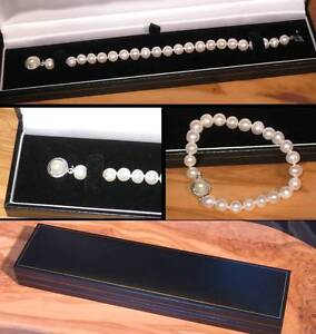 New pure white real freshwater pearl bracelet with designer clasp in gift box