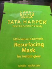 Nueva máscara de Tata Harper que vuelve a allanar 2ml muestra Resplandor Instantáneo