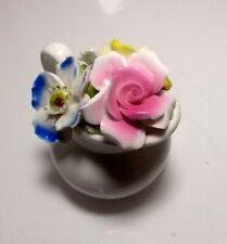 Statuette decorative rose in ceramica per la casa