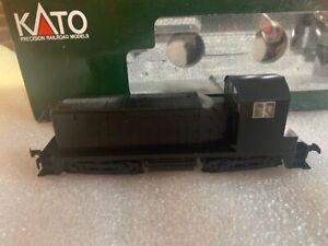 HO KATO Undecorated NW2  Model 37-100