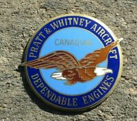 CANADIAN PRATT & WHITNEY Airplane AIRCRAFT ENGINE Co ENAMEL BADGE MEDALLION