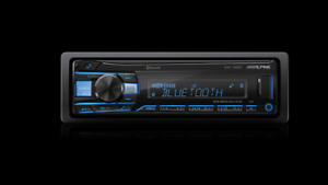 Alpine UTE-73EBT DIGITAL MEDIA RECEIVER WITH BLUETOOTH / AUX / USB / IN STOCK !