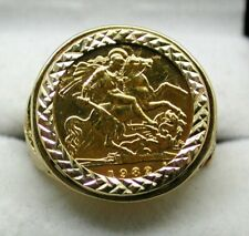 Gents 1982 Half Sovereign Coin In 9 carat Gold Ring Mount Size V