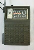 Vintage GE General Electric Portable AM/FM Transistor Radio Model No. 7-2506A