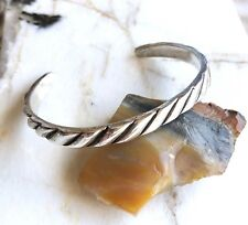 Vintage Navajo Native American Sterling Silver Heavy Cuff Bracelet 23 Grams!
