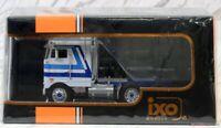 """Ixo 1/43 Peterbilt 352 """"Pacemaker"""" 1979 White / Blue"""