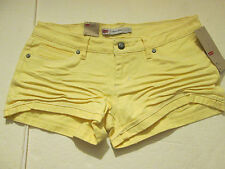 "LEVI ""SHORTY SHORT"" ROLLED UP CUFFED SHORT SHORTS JR SZ 9-YELLOW- NWT"