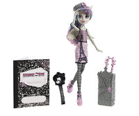 Monster High Rochelle Goyle SCARIS Monsterstadt der Mode OVP Y7660