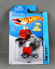 "HOT WHEELS SNOOPY ""SNOOPYT DOG HOUSE"" HW CITY 88/250 LONG CARD NEW/SEALED"