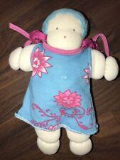 Stoffpuppe Cotton People Organic Waldorf Jersey Kleid Türkis Lila Blumen Mütze