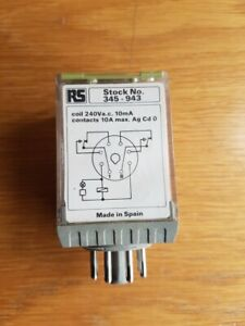 RS Components 345-943 Relay 240 Volt Coil  8 Pin *NEW* Free P&P