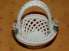 Ancien petit panier à dragées en céramique tressée / Ceramic mini flower basket