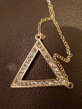 Triangle Pendant Design Small Necklace With Simulated Stones