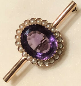 Vintage Amethyst and pearl brooch 9ct gold