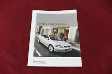 Car Brochure: Vauxhall Astra Convertible - 2001 (Includes 1.8i and 2.2i)