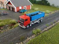 Railnscale T2322 TT LKW Volvo F10 6x4 Abrollkipper mit Abrollcontainer