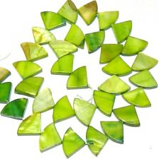 """MP631 Green 16mm Flat Triangle Fan Mother of Pearl Gemstone Shell Beads 15"""""""