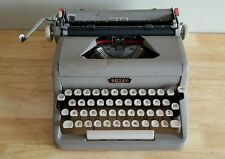 Antique Vintage Royal Quiet De Luxe Typewriter w/ Carrying Case - Circa 50s