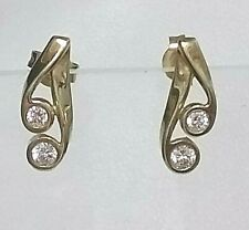 Genuine 9ct Yellow Gold Diamond Simulant Stud Earrings (not filled or plated)
