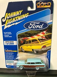 1/64 JOHNNY LIGHTNING CLASSIC GOLD 1960 FORD COUNTRY SQUIRE AQUAMARINE WOODGRAIN