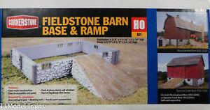 Walthers Cornerstone HO #933-3331 Fieldstone Barn Base & Ramp Kit