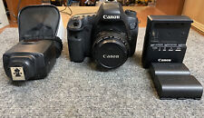 CANON EOS 6D CAMERA / EF 50MM F/1.8 II LENS / 2 BATTS / CHARGER / CRACKED SCREEN