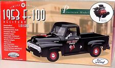 RARE 1953 Ford F-100 Delivery Truck Fire Chief Texaco - Gearbox 1 18 Limited Ed