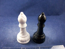 New NIB Black and White Chess Piece The Bishop Salt & Pepper Shakers C55B25