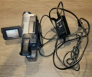 Sony CCD-TRV318 8mm HI8 Video8 camera Camcorder VCR Player Video transfer tested