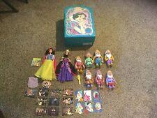 Vintage Snow White Playset in Collectors Case.  See description & Photos.