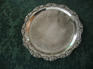 VINTAGE ART NOUVEAU STRACHAN SILVER PLATE ROUND SERVING TRAY WITH VINE LEAVES