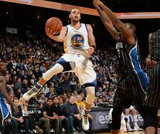 Stephen Curry Unsigned 16x20 Golden State Warriors (18)