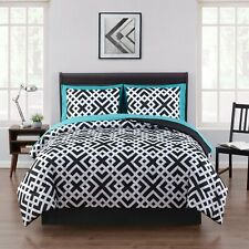 Interlocking Geometric 8 Piece Bed in a Bag Coordinating Set with Sheets