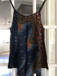 Ethnic pattern tops x2 pack