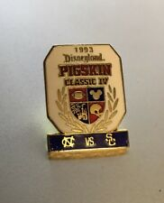 Disneyland Pigskin Classic IV 1993 NORTH CAROLINA vs SOUTHERN CALI Football Pin