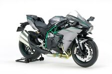 Tamiya 14136 1/12 KAWASAKI NINJA H2 CARBON Model Kit
