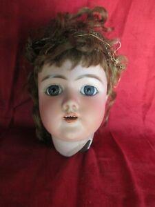 Belle tête de poupée ancienne en porcelaine d'Heinrich Handwerck DEP à restaurer