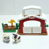 Fisher Price Little People 2002 Animal Stable With Water Well Add-on