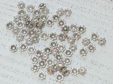 100 Perlenkappen, Blüte tibetischer Stil, 5 x 2 mm, Farbe antiksilber A1143