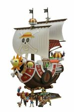 Bandai Japan ONE PIECE Thousand Sunny Ship Plastic Model kit w/ 9 small figures