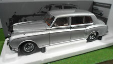 ROLLS ROYCE PHANTOM V 1964 MPW LHD Gris 1/18 PARAGON PA-98211L voiture miniature