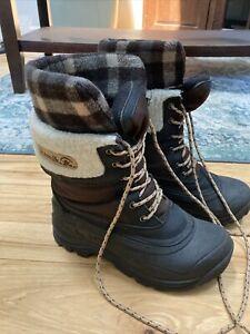 Kamik Plaid Flannel Inside Boots Women's size 7