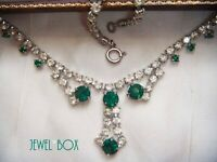 VINTAGE JEWELLERY EMERALD AND CLEAR RHINESTONE CRYSTAL DROPPER NECKLACE