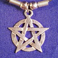 Pentagrama Estrella Colgante Con Cordón Negro Collar Gargantilla Wicca Pagano Gótico Regalo