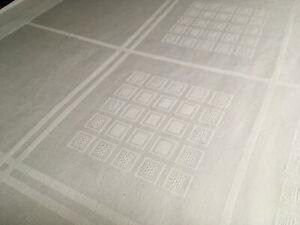 Tischdecke Damast weiß 95 x 130 cm geometrisches Muster