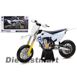 New Ray 1:12 Husqvarna FS450 Husky Modelo Blanco Supermoto Moto Nuevo en Caja