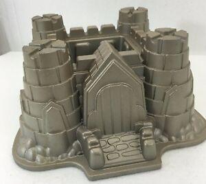 Nordic Ware Castle Bundt Cake Pan Sandcastle 10 Cup Cast Aluminum