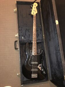 Fender Jazz Bass USA Made 1995 Model EMG Active Pickups With Case American